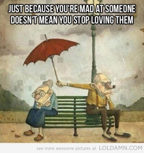 funny-old-couple-fighting-rain